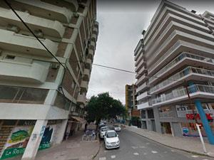 Av. Pueyrredón al 800 visto desde la calle Córdoba en Rosario.