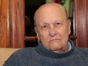 Dr. Juan José Guaresti.