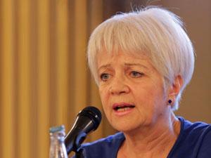 Dra. Nelly Díaz.