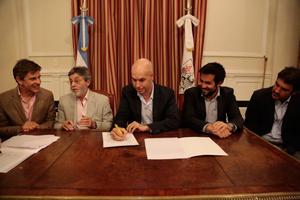 Horacio Rodríguez Larreta firmó un convenio con la AFIP, la AGIP y la AGC para el intercambio de información fiscal incluídos datos del RPA porteño.