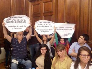 Rumbos y REDI se opusieron porque la ley no agrega mecanismos de control ciudadano y de personas con discapacidad.