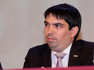 Adm. Matías Ruiz.