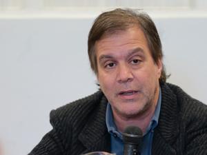 Roy Cortina (Partido Socialista).