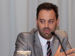 Dr. Juan Manuel Constantini.