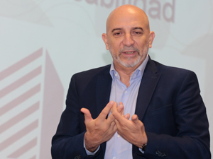 Lic. José Humberto Kruel.
