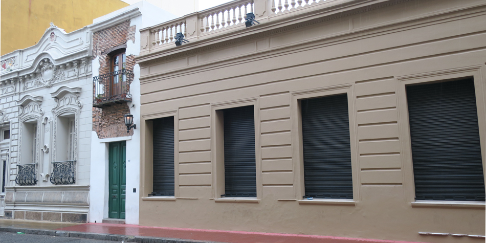 """A modo de ejemplo, el terreno de la """"casa mínima"""" en San Telmo cuenta con 32 m2 [Foto archivo de Pequeñas Noticias]"""