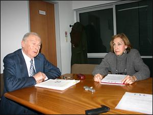 El Dr. Marcos Bergenfeld y la Sra. Alicia Giménez, presidente y vicepresidenta de la FAC respectivamente.