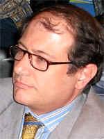 Dr. Jorge Resqui Pizarro.