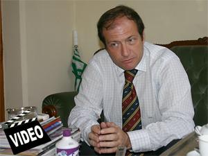 """Dr. Jorge Resqui Pizarro: """"las generalizaciones perjudican al buen legislador y favorecen al corrupto""""."""