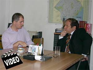 El Dr. Jorge Resqui Pizarro (ReDeCo) entrevista al Adm. Adrián Hilarza (AIPH).