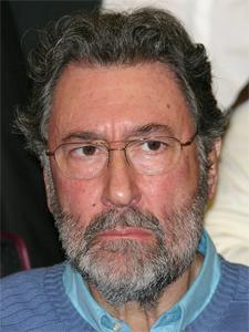 Dr. Osvaldo Loisi, en la legislatura porteña junto a todas las asociaciones de consorcistas se opone al proyecto de colegiatura de los administradores (11/07)
