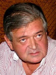 Adm. Jorge Hernández.