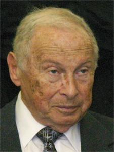 Dr. Marcos Bergenfeld, presidente de la FAC.