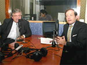 Pequeñas Noticias reunió al Adm. Jorge Hernández y al Dr. Jorge Resqui Pizarro para debatir durante el programa Hablemos de Consorcios.