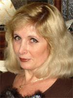 María Elena Fernández.