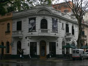 Esquina de Federico Lacroze 2301 en Belgrano.
