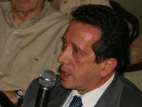 Adm. Víctor Pérez