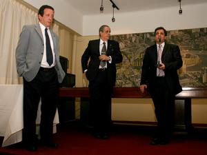 De izq. a der.: Víctor Perez, Arturo Molina y Fernando Staino.