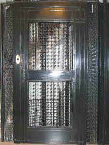 Una manera de ahorrar en este gasto es a través del uso de un sistema de detección de presencia en el interior del ascensor.