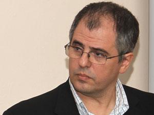 Adm. Adrián Hilarza.