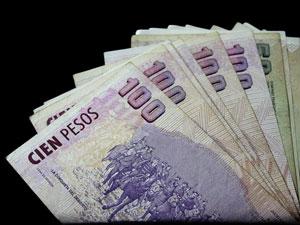 Se propone que los honorarios de los administradores aumenten anualmente entre un 30% y un 37%.