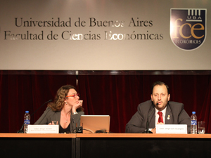 La mayor parte de los disertantes est�n relacionados con V�ctor Santa Mar�a, secretario general del SUTERH.