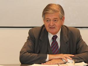 Jorge Hern�ndez, presidente de Fundaci�n Reuni�n de Administradores.