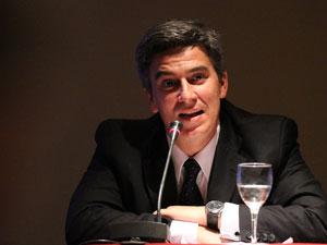 Dr. Jorge Mart�n Irigoyen, asesor legal de la CAPHyAI.