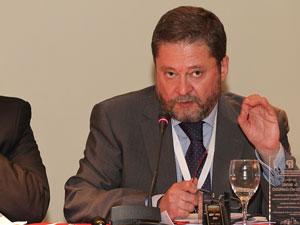 Dr. Rafael del Olmo Garrudo, presidente del Colegio de Administradores de Fincas de Sevilla, Espa�a.