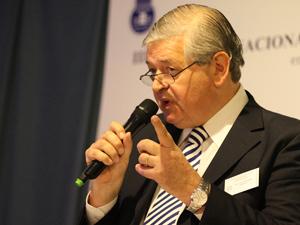 Adm. Jorge Hern�ndez, presidente de Fundaci�n Reuni�n de Administradores.