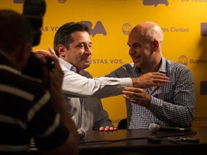 Este acto fue la oportunidad para que el presidente del Partido Justicialista y el funcionario del PRO pudieran hacer su movida en el ajedrez político local.