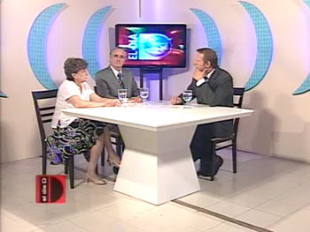 """La Sra. Ana María Huertas y el Dr. Juan Antonio Costantino en el programa """"El Día D"""" de Mar del Plata."""