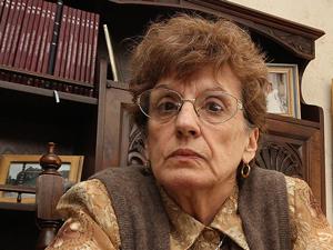 Sra. Ana María Huertas.
