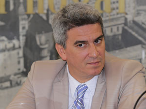 Dr. Jorge Matín Irigoyen.