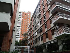 Un edificio que cuente con dos ascensores, una instalación fija contra incendios y una caldera, deberá abonar $2.050 pesos anuales.