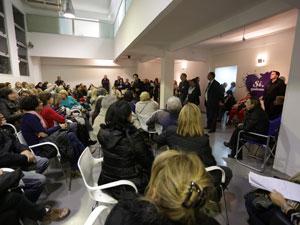 Llamó la atención la cantidad de vecinos que se acercaron a la Comuna 14 para participar de la charla informativa.