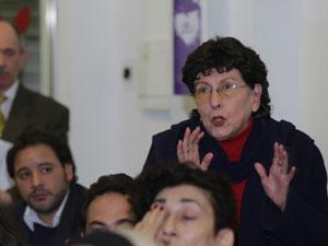 """Teresa Villanueva fue terminante: """"la Comuna 2 pide la derogación de la Ley Muñoz""""."""