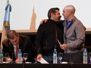 [06/2014] Santa María y Larreta en la UMET. Montenegro firma el acuerdo para la entrega de botones antipánico.