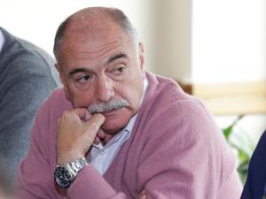 La reunión fue presidida por el Adm. Armando Caputo, vicepresidente de FAPHRA.